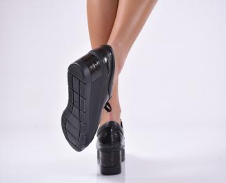 Дамски обувки естествена кожа  на платформа черни