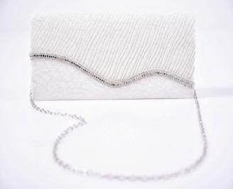 Елегантна чанта сребриста