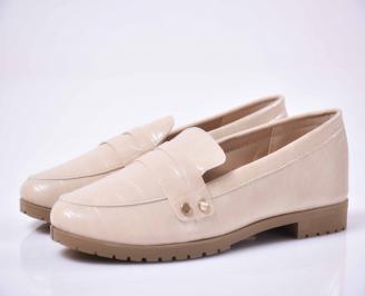 Дамски равни обувки бежави
