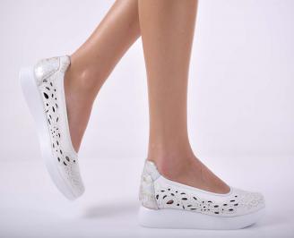 Дамски сникърси  произведени България естествена кожа бели EOBUVKIBG