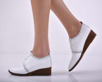 Дамски ежедневни обувки произведени България естествена кожа бели EOBUVKIBG