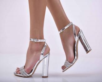 Дамски елегантни сандали сребристи EOBUVKIBG