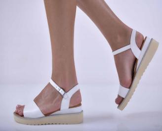 Дамски равни сандали естествена кожа бели EOBUVKIBG
