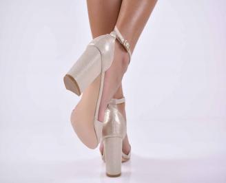 Дамски елегантни сандали златисти EOBUVKIBG