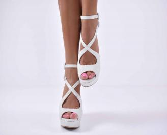 Дамски сандали на платформа сребристи EOBUVKIBG