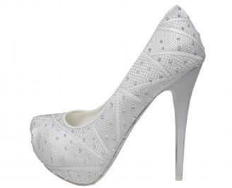 Дамски  елегантни обувки  бели