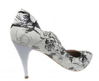 Дамски елегантни обувки еко кожа бяло/черно 3