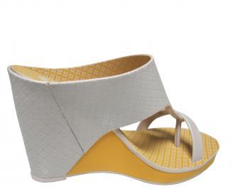 Дамски чехли на платформа Zaxy бежови 3