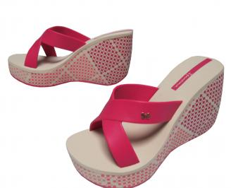 Дамски силиконови чехли на платформа  Ipanema розови