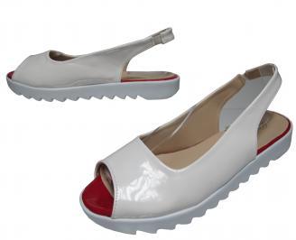 Дамски равни сандали еко кожа/лак бели
