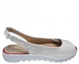 Дамски равни сандали еко кожа/лак бели 3
