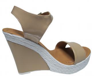 Дамски сандали на платформа еко кожа/лак бежови 3