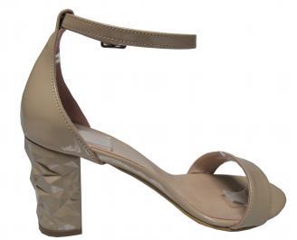 Дамски елегантни сандали бежови еко кожа/лак 3