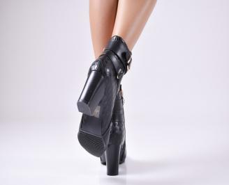 Дамски елегантни боти еко кожа черни 3