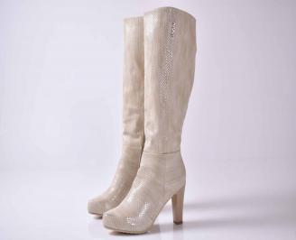 Дамски елегантни ботуши бежови от еко кожа