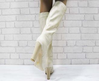 Дамски елегантни ботуши бежови от еко кожа 3