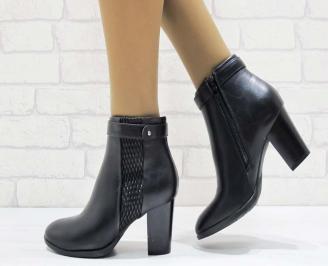 Дамски елегантни боти  черен цвят от еко кожа