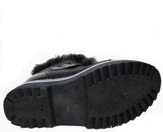 Дамски ежедневни боти черни от еко кожа с пух