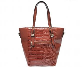 Дамска чанта кафява еко кожа/лак
