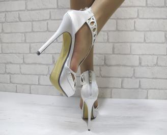 Дамски елегантни сандали  на ток сребристи