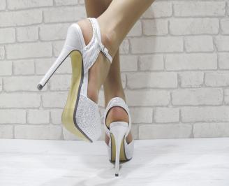 Дамски елегантни сандали на ток сребристи 3