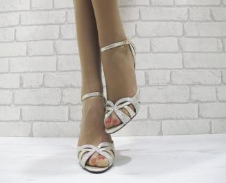 Дамски елегантни сандали на ток златисти