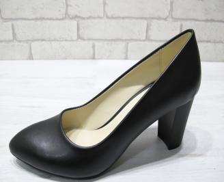 Дамски обувки-Гигант еко кожа черни