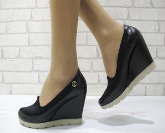 Дамски обувки на платформа еко кожа черни