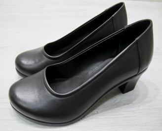 Дамски обувки Гигант естествена кожа черни