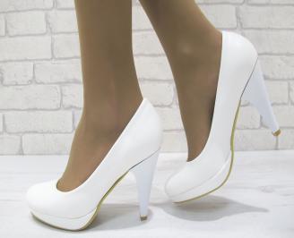 Дамски обувки на ток еко кожа бели
