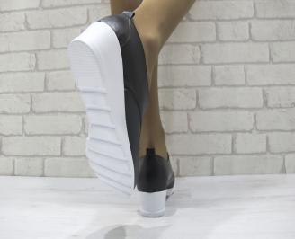 Дамски равни обувки естествена кожа черни 3