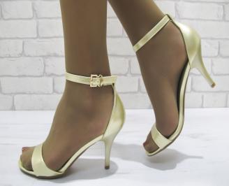 Дамски елегантни сандали  еко кожа златисти