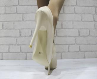 Дамски елегантни обувки еко кожа/лак бежови 3