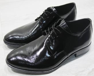 Мъжки обувки естествена кожа с лаково покритие