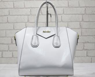 Дамска чанта еко кожа/лак бяла
