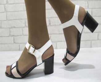 Дамски елегантни сандали еко лак бели