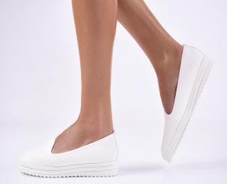 Дамски  обувки  бели от еко кожа