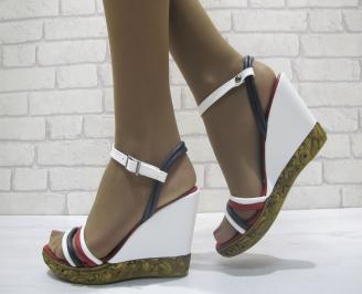 Дамски сандали бяло/синьо/червено еко кожа