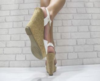 Дамски сандали на платформа  бели 3