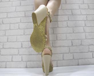 Дамски сандали на платформа бежови 3