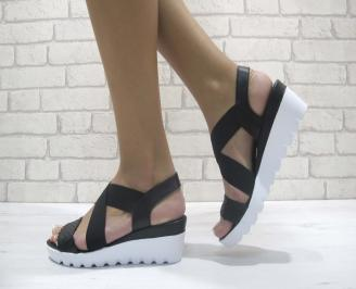 Равни дамски сандали естествена кожа черни