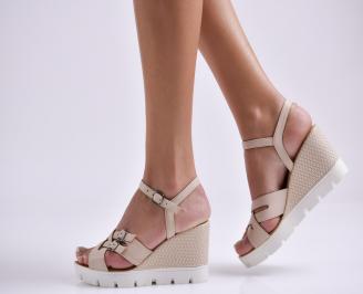 Дамски сандали на платформа бежови естествена кожа