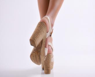 Дамски елегантни сандали на ток бежови 3