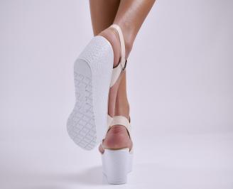 Дамски сандали на платформа еко лак бежови 3