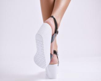 Дамски сандали на платформа еко лак черни