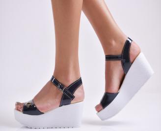 Дамски сандали на платформа еко лак тъмно сини