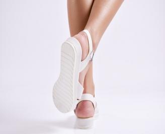 Дамски равни  сандали  текстил бели