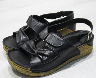 Дамски сандали-Гигант естествена кожа черни