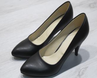 Дамски  обувки Гигант  черни еко кожа