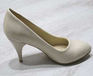 Дамски  обувки Гигант  бежови еко кожа 3